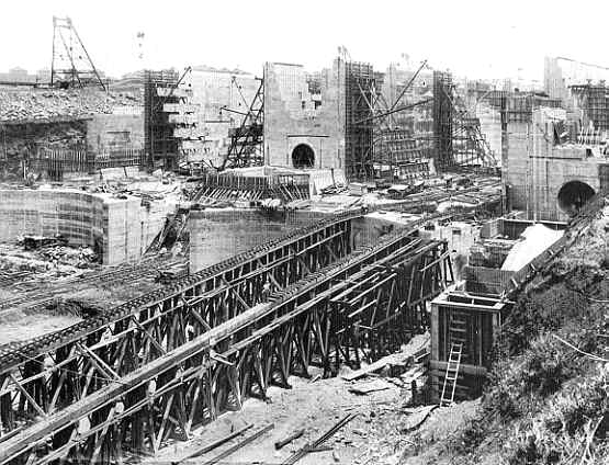 the construction of the panama canal a great engineering work in history The panama canal expansion was the largest which means that the panama route provides the expansion included the construction of a new set of locks on.