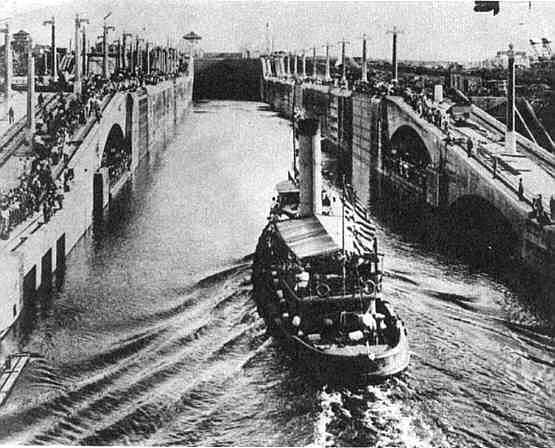 Panama Canal Construction Historic Photo - Gatun trial lockage 1914